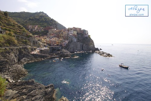 """Cinque terre - Manarola • <a style=""""font-size:0.8em;"""" href=""""http://www.flickr.com/photos/104879414@N07/29614587724/"""" target=""""_blank"""">View on Flickr</a>"""
