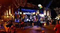 Live Music at the ESPN Zone (joe Lach) Tags: livemusic espnzone downtowndisney disneyland music people nightscene disneylive aneheim california joelach nighttime