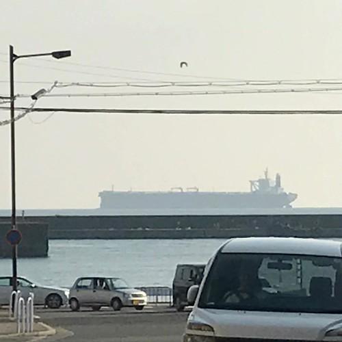 #港まち  #神戸 #垂水 #額縁みたい  #日常にこんな絵があるんや #カモメが飛んだ