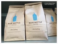Blue Bottle Coffee, Bags of 17ft Ceiling (Doyle Wesley Walls) Tags: lagniappe 3221 drink coffee beverage refreshment photograph coffeehouse fotografa fotografia foto photographie  fotografi fotografie bluebottlecoffee 17ftceiling bagsofcoffee smartphonephoto iphonephoto doylewesleywalls
