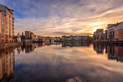 A winters Sunset at the Shore, Leith (MilesGrayPhotography (AnimalsBeforeHumans)) Tags: architecture auldreekie britain blending boats canon 6d canon6d 1635 canonef1635mmf4lisusm dusk edinburgh eos ef europe evening f4l glow golden iconic landscape longexposure lens le leith 10stopper nd nd1000 nd30 outdoors photography tranquil reflections river scotland skyline sky scenic sunset sunlight town twilight uk unitedkingdom waterscape wide waterofleith
