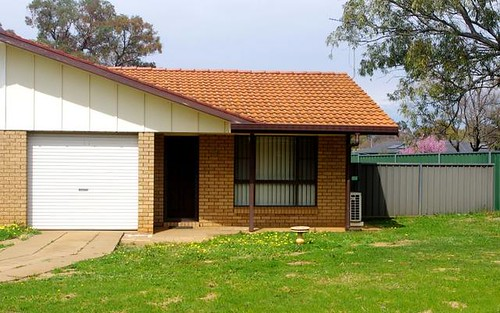 10B Greenway Place, Dubbo NSW 2830
