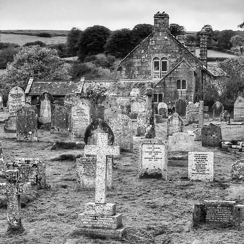 #blackandwhite #countrychurch #graveyard #widdecombeinthemoor #devon #dartmoor