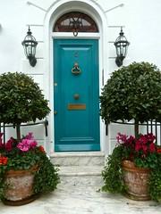P1390204 Topiary (londonconstant) Tags: lodonconstant costilondra promenades streetscapes architecture london
