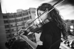 Hind (aminefassi) Tags: aminefassi fashion people portrait violon violoniste morocco maroc casablanca fashionportrait music musician  login  beauty  bw noir blanc black white nb monochrom noiretblanc blackandwhite