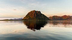 Hoven (Trond Strmme) Tags: sunset lofoten norge norway hoven mountain sea ocean water reflection symmetry nature outdoor clouds island gimsya nordland wave serene