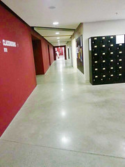 UnivOfHongKong-RunRunShawCreativeMediaCenter-4000sqm-2011-RP-Corridor-ShoppingCenter (4)