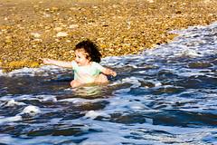 Water attack - 3 (cives-expat) Tags: españa playa fuentebravía elpuertodesantamaría mªángeles