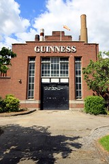 Guinness Brewery (Laurence's Pictures) Tags: ireland red dublin bus beer st james big sightseeing tourist brewery guiness tours sights diageo manufacturing dublinirelandtouristactivities