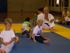 "zomerspelen 2013 Judo clinic • <a style=""font-size:0.8em;"" href=""http://www.flickr.com/photos/125345099@N08/14403863361/"" target=""_blank"">View on Flickr</a>"