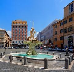 Rome : Piazza Barberini / Triton Fountain / Fontana del Tritone  - 2/2 (Pantchoa) Tags: italy rome roma nikon italia 12mm bernini lazio piazzabarberini tritonfountain tokinalens fontanadeltritone d7100 berninibristolhotel tokinaaf1228mmf4 tokinaatx1228f4prodx