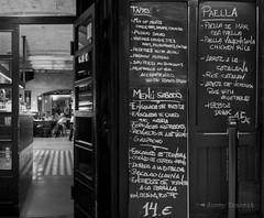 Carrer dels banys nous. Ciutat vella. Barcelona (Josep Tamarit) Tags: barcelona menu restaurant carrer ciutatvella gtic