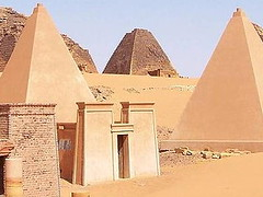 "nubian-pyramids-nubia-sudn • <a style=""font-size:0.8em;"" href=""http://www.flickr.com/photos/62781643@N08/14810657210/"" target=""_blank"">View on Flickr</a>"
