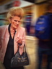 Absolutely fabulous sweetie darling! (Rob Pearson-Wright) Tags: street people woman colour london candid streetphotography streetlife abfab patsy absolutelyfabulous streetphotographycolour blurfx iosedits