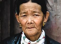 Pilgrim at Boudha (Motographer) Tags: street nepal people portraits temple 50mm buddhism portraiture kathmandu boudhanath pilgrims motographer nikkor50mmaf18d fotografikartz motograffer