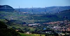 Viaduc de Millau - Aveyron (France) (ikimuled) Tags: millau aveyron ponti midipyrnes viaducdemillau