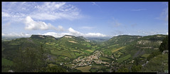 Panorama-vue sur Tournemire (Artiste/Photo) Tags: blue sky cloud mountain france green nature montagne nikon view image picture vert bleu ciel nuage blanc vue ville millau d800 larzac aveyron midipryne