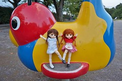 Stop fighting!! (cute-little-dolls) Tags: park cute playground sisters toy fight doll little bebe braid mudoll dotories