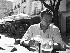 GA645-Tmax400-003-2 (Josemari Gago) Tags: fujifilm fuji ga645 black white blancoynegro blackandwhite kodak tmax 400 noir branco e preto filmphotography streetphotography portrait retrato