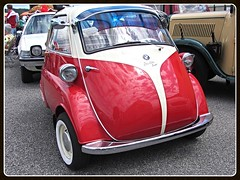 BMW Isetta 300 (v8dub) Tags: bmw isetta 300 bubble microcar micro schweiz suisse switzerland german pkw voiture car wagen worldcars auto automobile automotive old oldtimer oldcar klassik classic collector