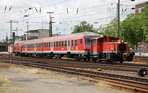 DB Regio 335 150-9 und RE, Trier Hbf