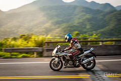 Suzuki SV1000 (Bart_516) Tags: 106 106縣道 追焦 攝影 road 平溪 十分 菁桐 雙溪 suzuki sv1000 motor motorcycle bike helmet dora doraemon 小叮噹 叮噹 2丙 light sunrise