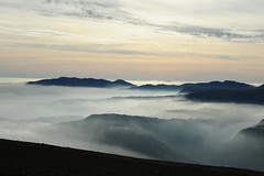 Swirling vapours (dark_dave25) Tags: martindale bungalow helvellyn striding edge lake district tarn walking hiking holiday 2016 october