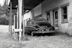 You've got a friend in Pennsylvania (Thankful!) Tags: oldcar antique bw blackwhite garage servicestation