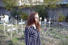 film (La fille renne) Tags: film analog lafillerenne 35mm canonae1program 50mmf18 kodak kodakultramax400 expired expiredfilm cemetery bokeh portrait woman halloween jusdefraises