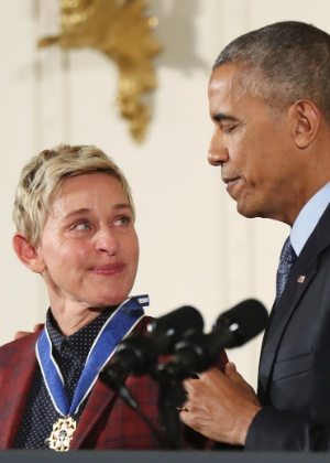 """Ellen DeGeneres se emociona com homenagem de Obama: """"Que dia maravilhoso"""""""