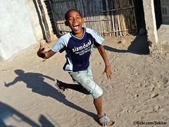 Happy boy, Pemba, Moambique (Sekitar) Tags: afrique africa mosambik moambique mozambique happy boy fun pemba