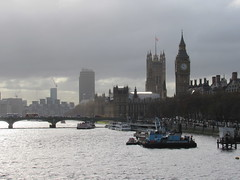 The River Thames, London (Dan_DC) Tags: londonuk thames river bigben parliament housesofparliament bridge westminster clocktower clock architecture