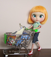 Billie went to grocery store