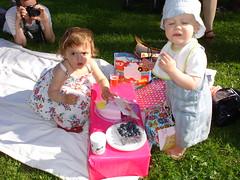 DSC00274 (reel3d1) Tags: girls kids babies nutts nutt starkman