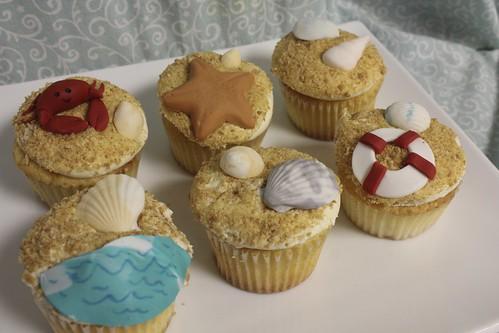 Beach Shells Cupcakes