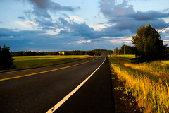 Hit the road Jack! (M_Heigl) Tags: road sunset tie afterrain