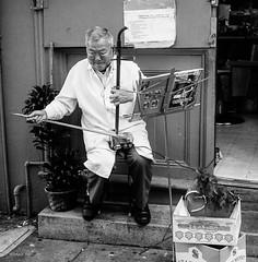Uncle Yee (mfauscette) Tags: sanfrancisco street blackandwhite 6x6 film mediumformat chinatown erhu streetperformer mamiya6 kodaktmax400