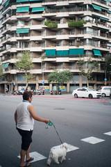 (John Rios A.) Tags: barcelona street city people color john calle fuji 28mm bcn ciudad personas fujifilm russian f28 rios industar industar69 xpro1