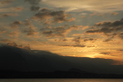 Sonnenuntergang - Sunset auf dem Thunersee im Berner Oberland im Kanton Bern der Schweiz (chrchr_75) Tags: lake lago schweiz switzerland see suisse swiss lac september bern christoph svizzera berner thunersee berneroberland oberland 2014 jrvi  1409 suissa s kanton chrigu kantonbern alpensee chrchr hurni chrchr75 chriguhurni albumthunersee chriguhurnibluemailch september2014 hurni140903