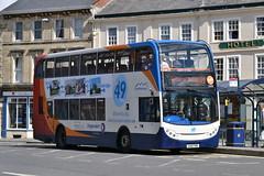 Stagecoach Swindon - 15650 (AJHigham) Tags: place market sunday swindon route 49 400 service devizes branding stagecoach enviro 15650
