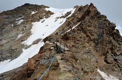 Sentiero attrezzato di cresta verso il rifugio Sella