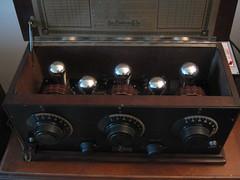 Freshman Masterpiece (charlie4881) Tags: old 1920s radio tube vacume