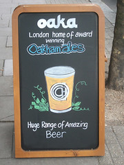 A-board outside the Oaka at the Mansion House, Kennington (selcamra) Tags: beer camra realale londonpubs selcamra oakhamales londonbeerscene