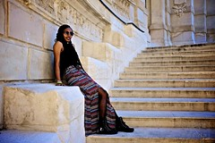 (garfie76) Tags: france beauty sunglasses stairs marseille natural outdoor naturallight tresse nappyhair portraitscolorblackgirl