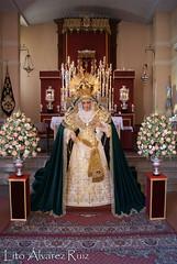 Besamanos - Virgen del Rosario (Milagrosa) - Octubre 2016 (Manuel Francisco lvarez Ruiz) Tags: besamano virgen nuestra seora mara santsima reina madre barrio semana santa sevilla visperas lito fotografas cultos iglesia parroquia