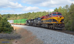 KCS 4705 leads NS Train 220 in Waco, GA (RedneckRailfan610) Tags: ns kcs4705 es44ac ge god