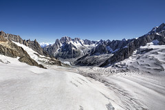 Alps [FR] (ta92310) Tags: travel hdr summer 2016 europe france chamonix 74 hautesavoie neige snow montblanc alpes alps sun soleil randonneurs hikers hike randonne