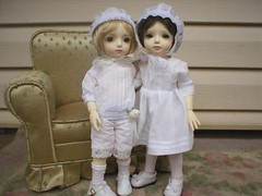 Edmund & Joscelyn - the little princling (whisperwolf16915) Tags: customhouse petiteai bjd doll gabriel petiteaigabriel uriel petiteaiuriel
