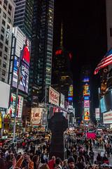 609 - New York - Times Square an Kreuzung Broadway und Seventh Avenue - 28.10.16-LR (JrgS13) Tags: aida aidadiva aufnahmebereiche indiansummer kreuzfahrt nachtaufnahmen newyorkcity nordamerika reise timessquare newyork usa