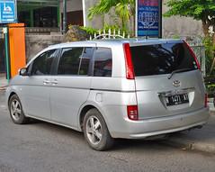 Toyota Isis (Everyone Sinks Starco (using album)) Tags: toyota mobil car automobile otomotif toyotaisis